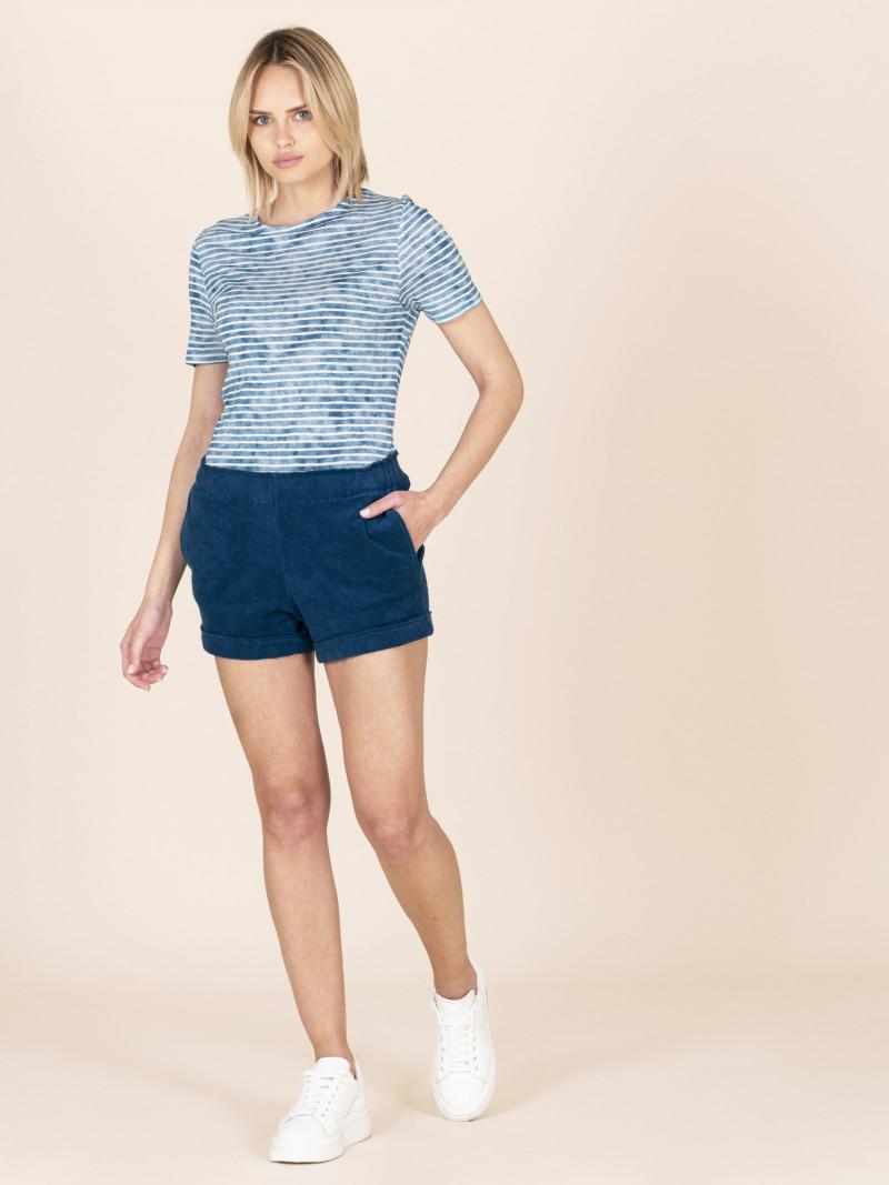 Shorts in spugna blu con elastico in vita e tasche