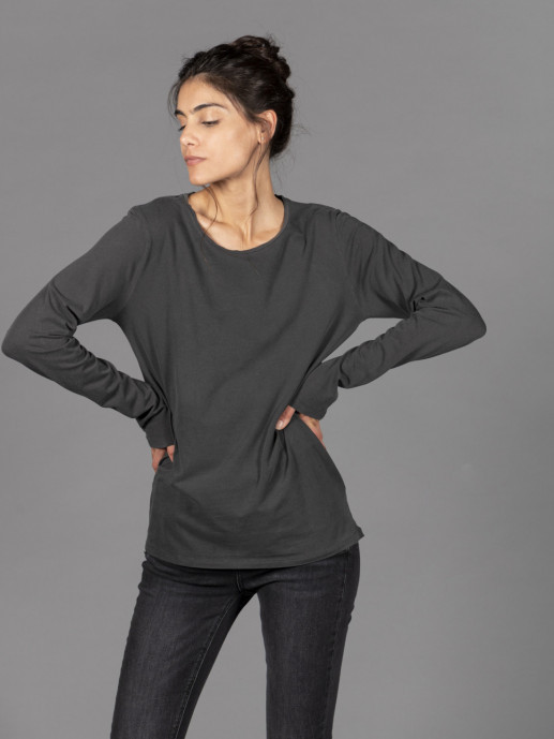 T-shirt nera donna girocollo con manica lunga in cotone