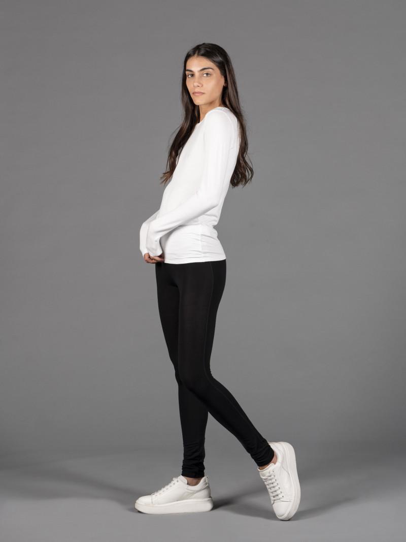 Leggings neri in viscosa ed elastan con gamba lunga
