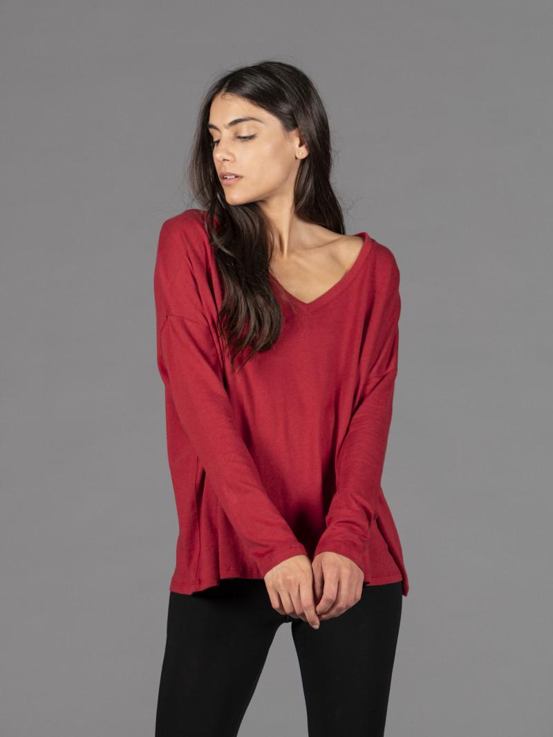 T-shirt in cotone e cashmere rossa scollo a V