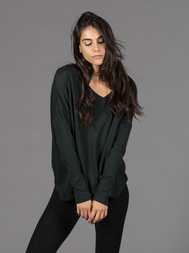 T-shirt in cotone e cashmere verde scollo a V