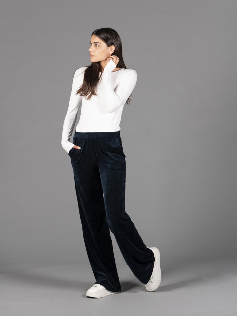 Pantaloni in velluto liscio blu con elastico in vita