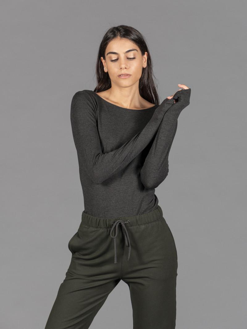 T-shirt antracite barchetta donna con manica lunga in viscosa