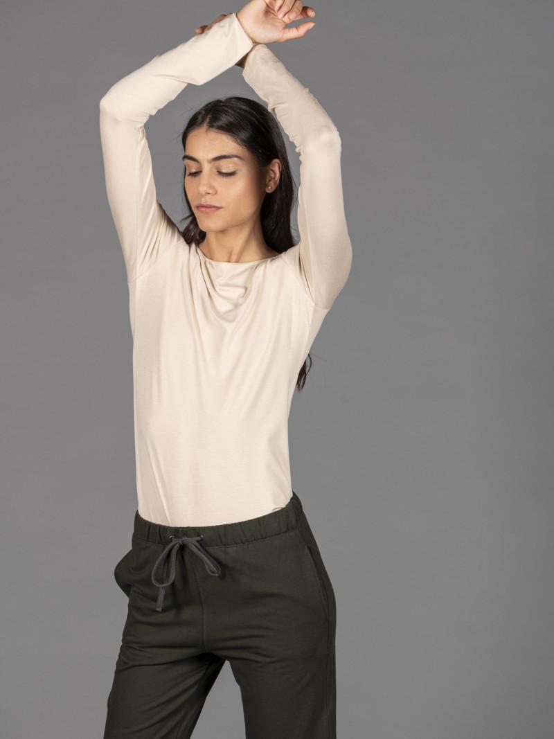 T-shirt crema barchetta donna con manica lunga in viscosa
