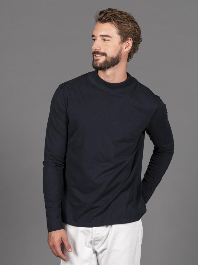 T-shirt blu scuro uomo a collo alto con manica lunga in 100% cotone