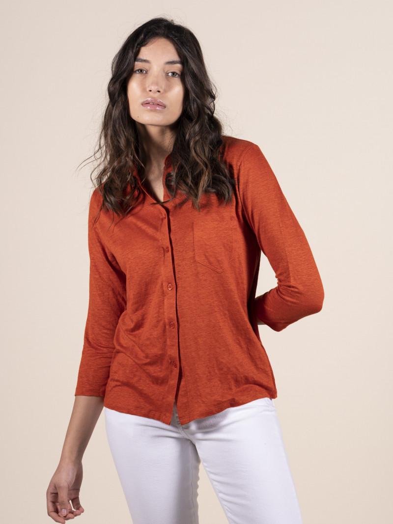 Camicia donna rossa con colletto e tasca in lino ed elastan