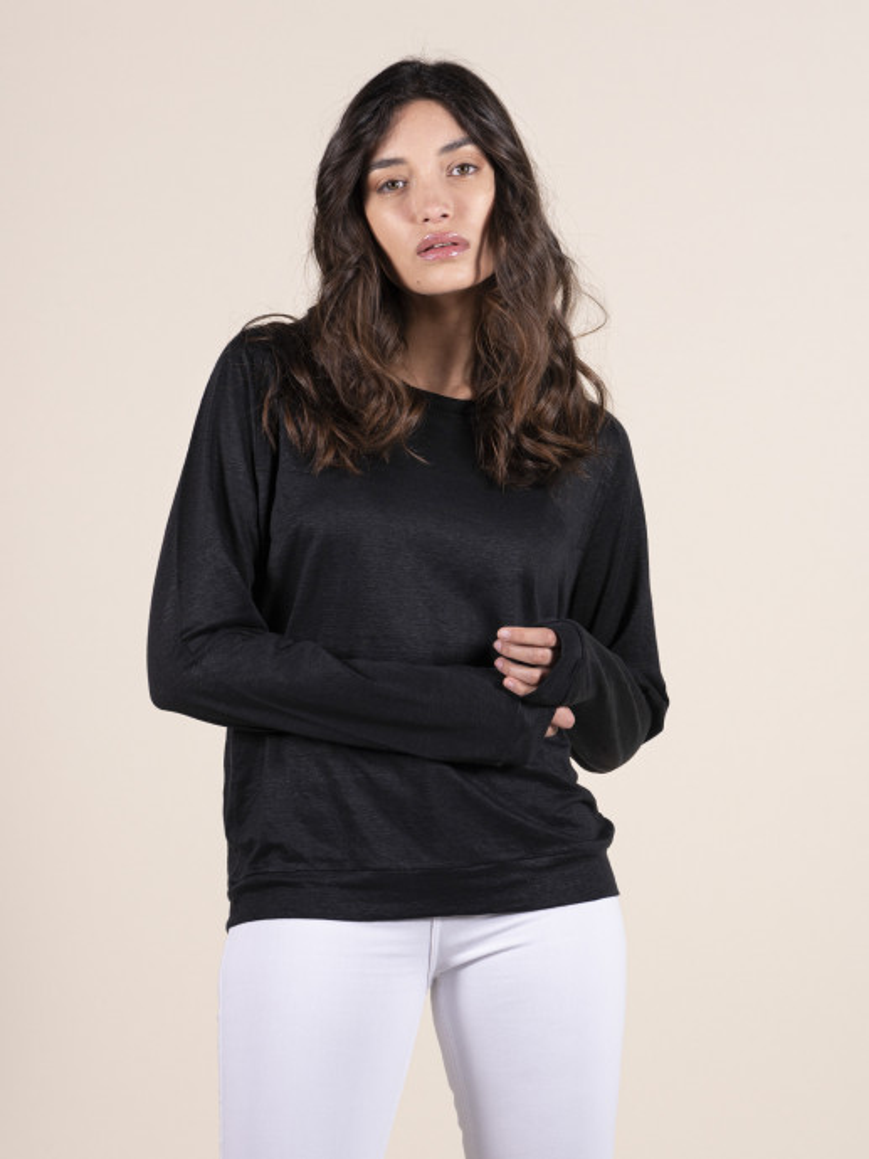 Felpa girocollo donna nera con maniche lunghe a raglan in lino ed elastan
