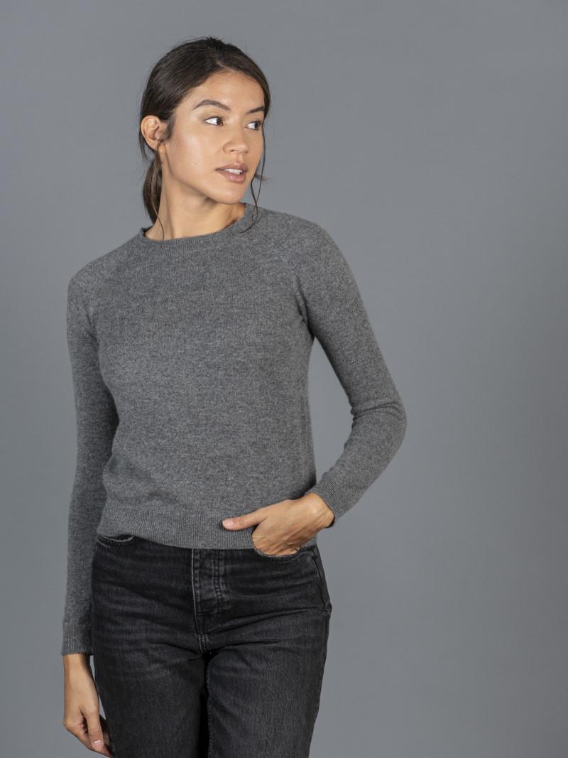 Maglione in 100% cashmere grigio girocollo