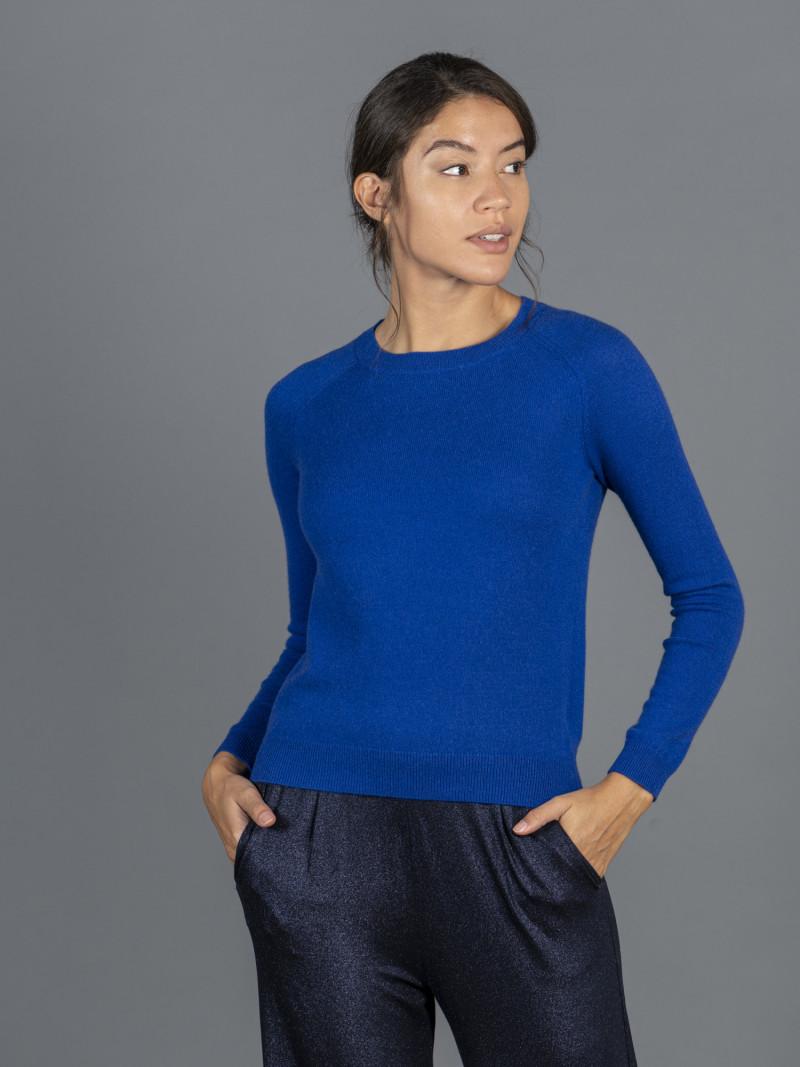 Maglione in 100% cashmere blu elettrico girocollo