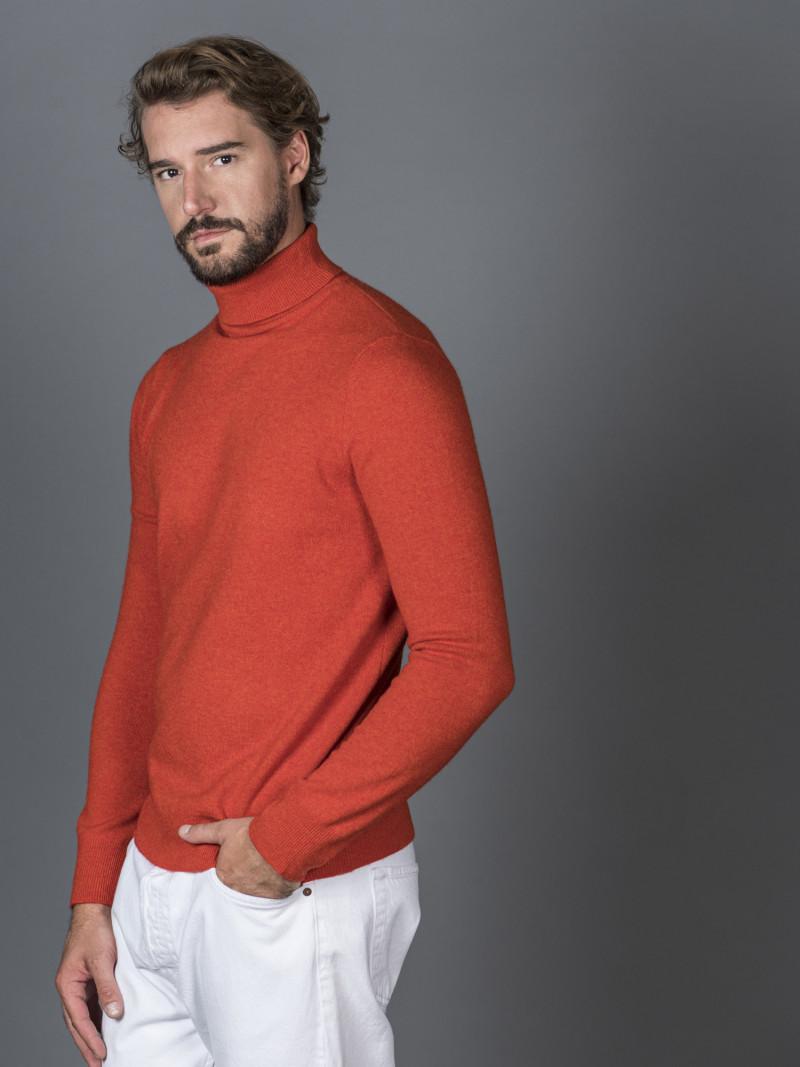 Maglione uomo in 100% cashmere rosso mattone dolcevita