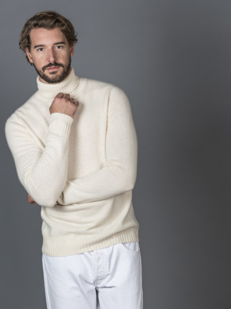 Maglione uomo in 100% cashmere bianco dolcevita