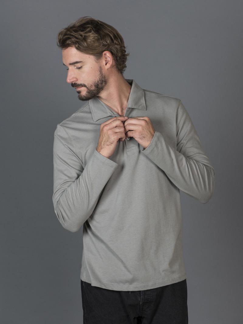 Polo grigio cenere uomo con maniche lunghe e scollo a V in cotone
