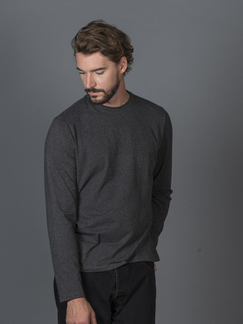 T-shirt antracite slim uomo con maniche lunghe in cotone ed elastan