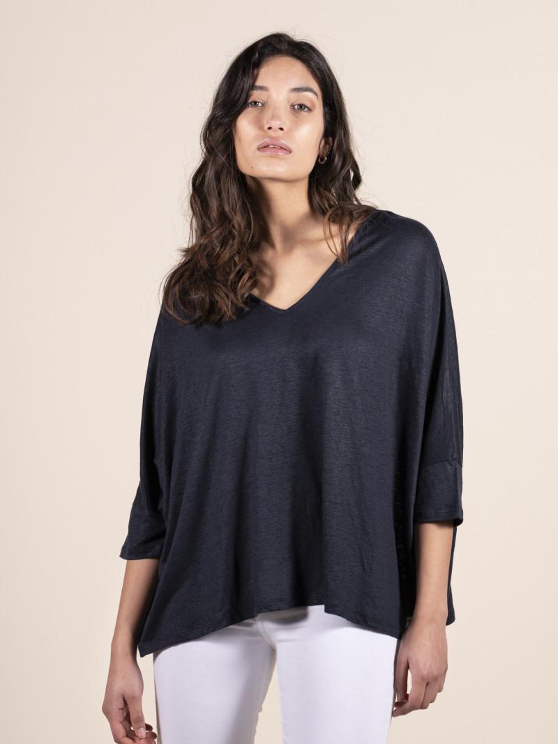 T-shirt donna blu over con scollo a V e maniche a pipistrello in lino ed elastan