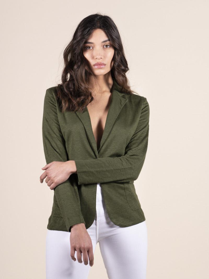Giacca verde militare da donna in lino con maniche lunghe e bottone