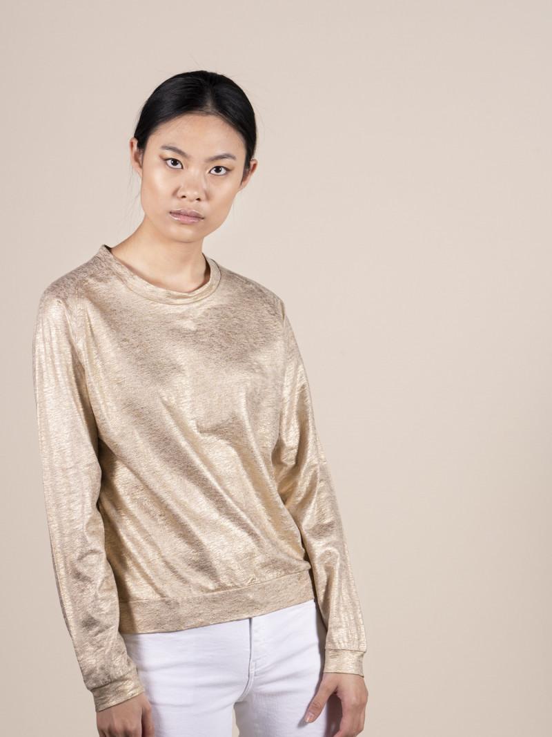 Felpa girocollo donna oro con maniche lunghe a raglan in lino ed elastan