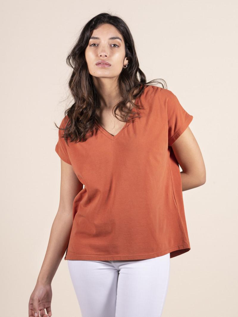 T-shirt arancione over donna con scollo a V e manica corta in cotone ed elastan