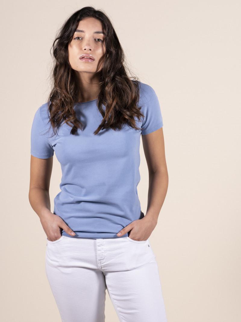 T-shirt azzurra basica donna girocollo con manica corta in cotone ed elastan
